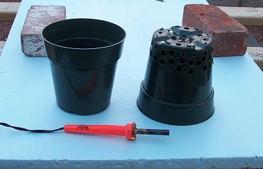 plant pot modified to use in hydroponic DWC system